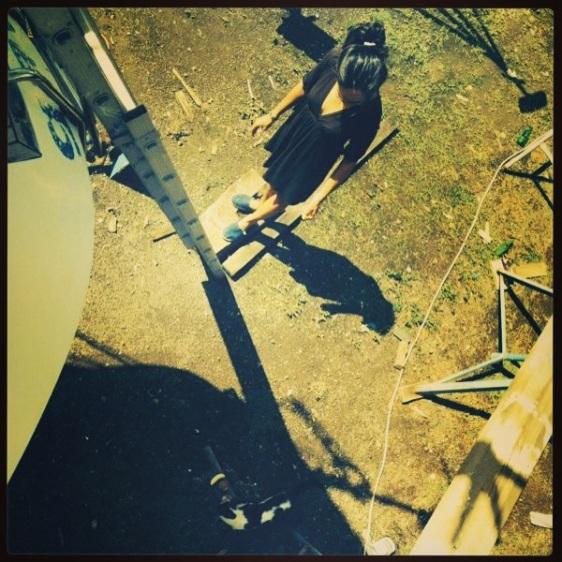 Hanna matar katten
