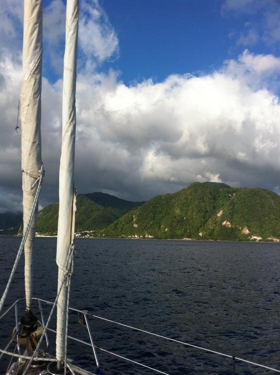 Insegling mot Dominica, eller ja på denna bild verkar vi ju inte ha ngt segel ute:)