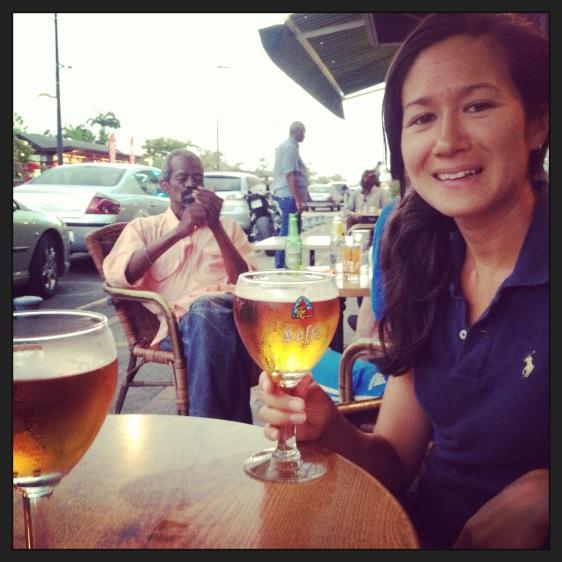 En välförtjänt öl när vi kom tillbaks till Forte de France