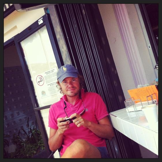 Erik pustar ut med kaffe och lite wifi