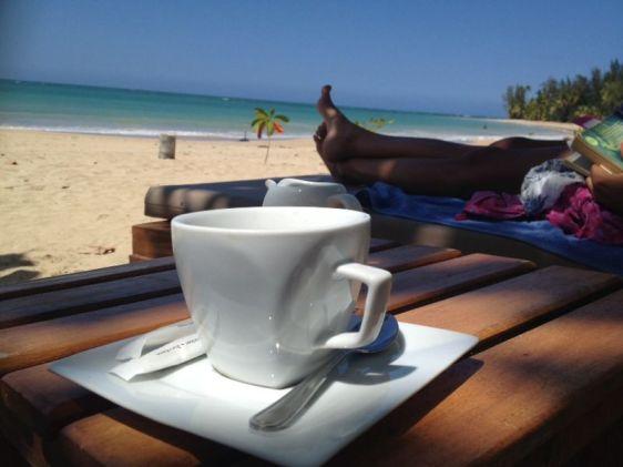 En kaffe på stranden i Las Terrenas