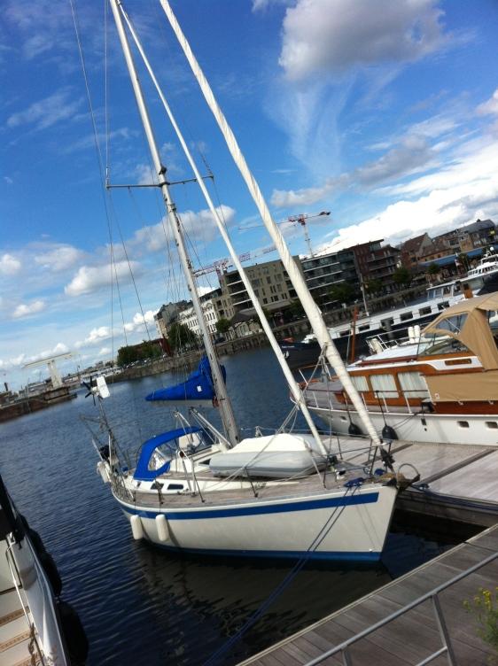 Äntligen förtöjd i Willemdock marina